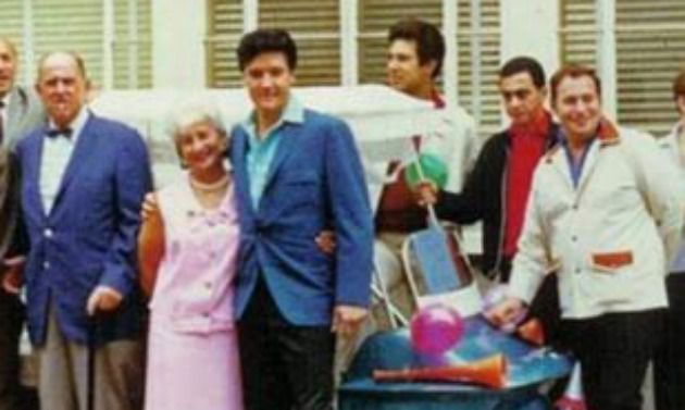 Memphis Mafia: (From left) Col. Tom Parker, Mrs. Parker, Elvis, Larry Geller, George Klein, Alan Fortas.
