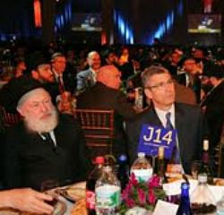 Rabbi Rick Jacobs sits with Chabad?s Rabbi Yehuda Krinsky.