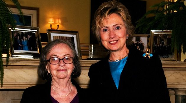 Fiercely Independent: Beyle Schaechter-Gottesman with Hilary Clinton in 2005 after winning the National Heritage Award.