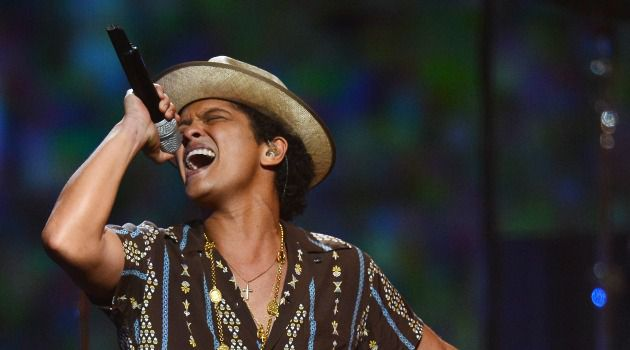 Jewish Men Are From Mars: Bruno Mars, whose Brooklyn-born father is Jewish, will be part of this year?s halftime entertainment.