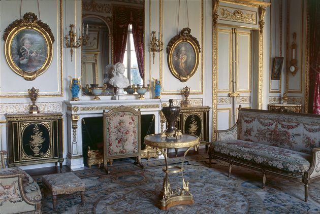 Really Grand: The Main Study (?le grand bureau?) from the Moïse de Camondo House, Paris.
