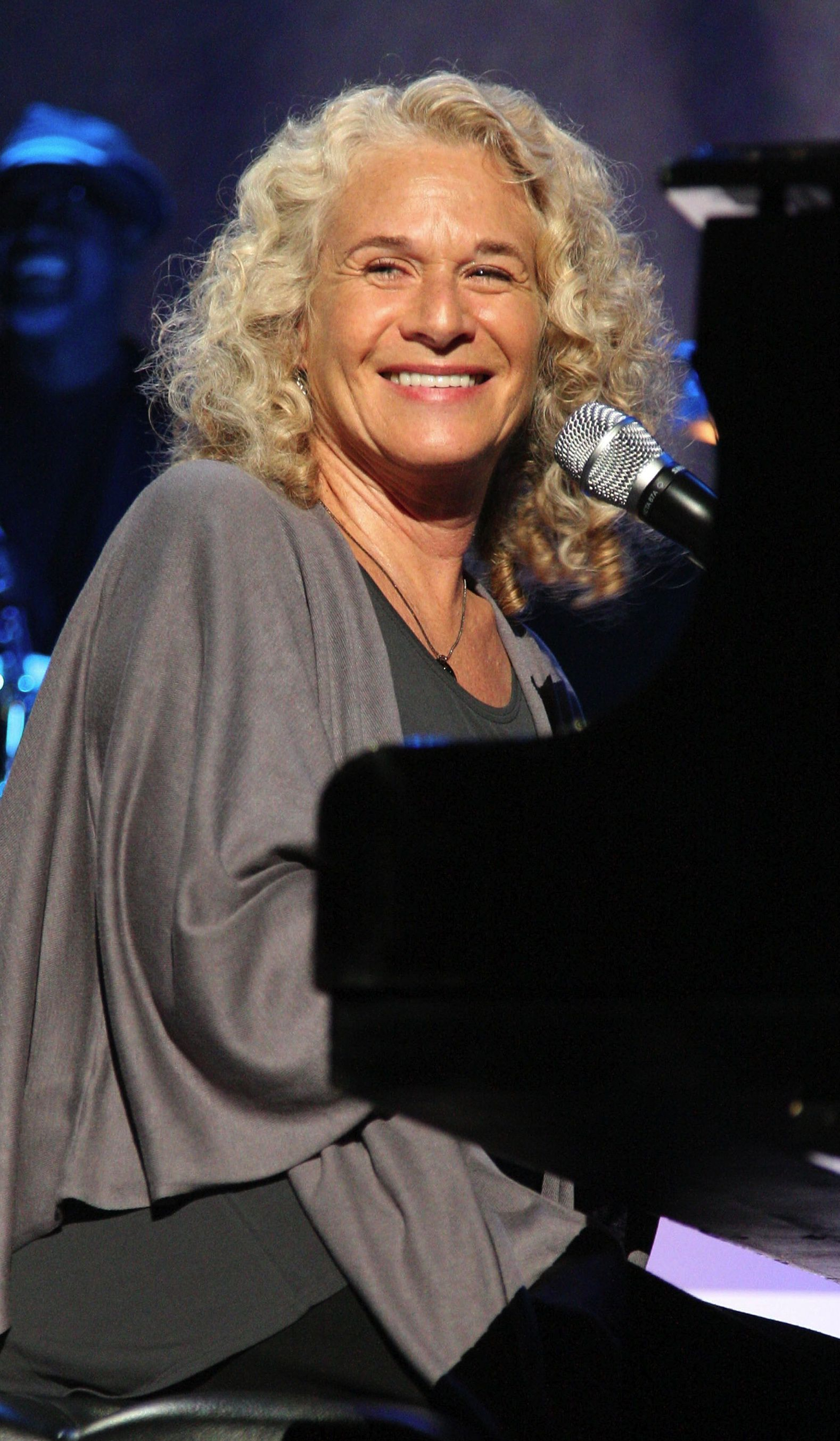 Carole King, above, and James Taylor?s ?Troubadour Reunion Tour? runs through July.