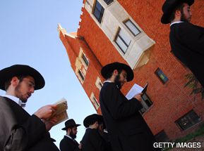 MOURNING: Members of the Chabad-Lubavitch movement pray in Kfar Chabad, Israel, after the terrorist attacks in Mumbai.