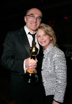 Publicist to the Stars: Ronni Chasen (right) and her client Danny Boyle, director of ?Slumdog Millionaire,? pose with his Oscar in 2009.