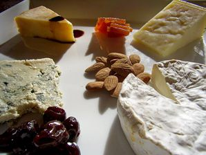 Kosher cheese has come a long way, just in time for a lesser-known Hannukah tradition