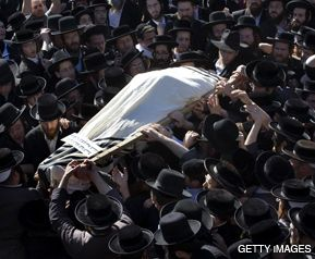 MOURNING: In Jerusalem, rabbis carry the coffin of Satmar scion Aryeh Leibish Teitelbaum, slain in the terrorist attacks in Mumbai.