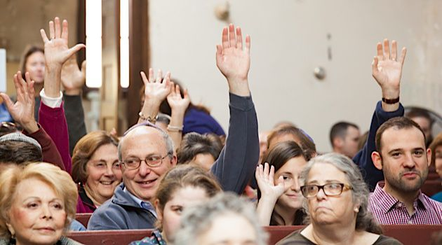 Handing Down a Tradition: The attendees of Descendants' Day honored the memories of their ancestors who belonged to the shul nearly one century ago.