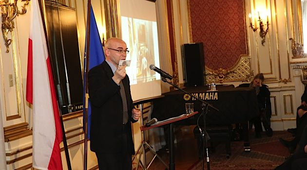 Brimming With Charm: Dariusz Stola addresses crowd at the Polish Consulate General.