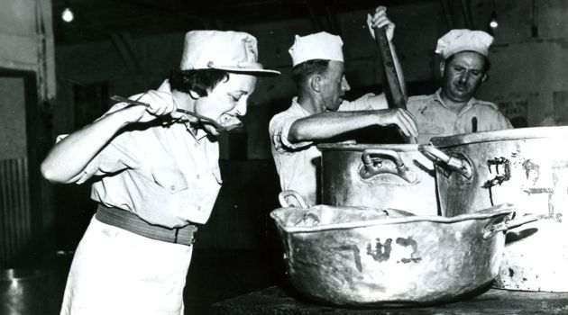Taste Test: Dinah Werth served as a colonel with the women?s corps of the Israeli Defense Forces, called ?Chen,? in addition to numerous other posts with the Israeli military and the Jewish Agency. Here, she samples soup to be served to recruits.