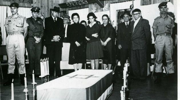 50 Years Ago: Israelis gathered for Yitzhak Ben-Zvi?s funeral.
