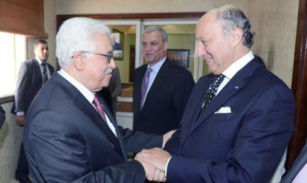 Connection? Mahmoud Abbas and Laurent Fabius meeting in Ramallah in 2013.