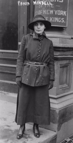 Fania Mindell, photographed in 1917.