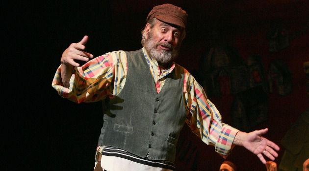 "Sunrise, Sunset: ""Fiddler on the Roof celebrates its 50th anniversary in style, with appearances by Chaim Topol, Harvey Fierstein and Norman Jewison."
