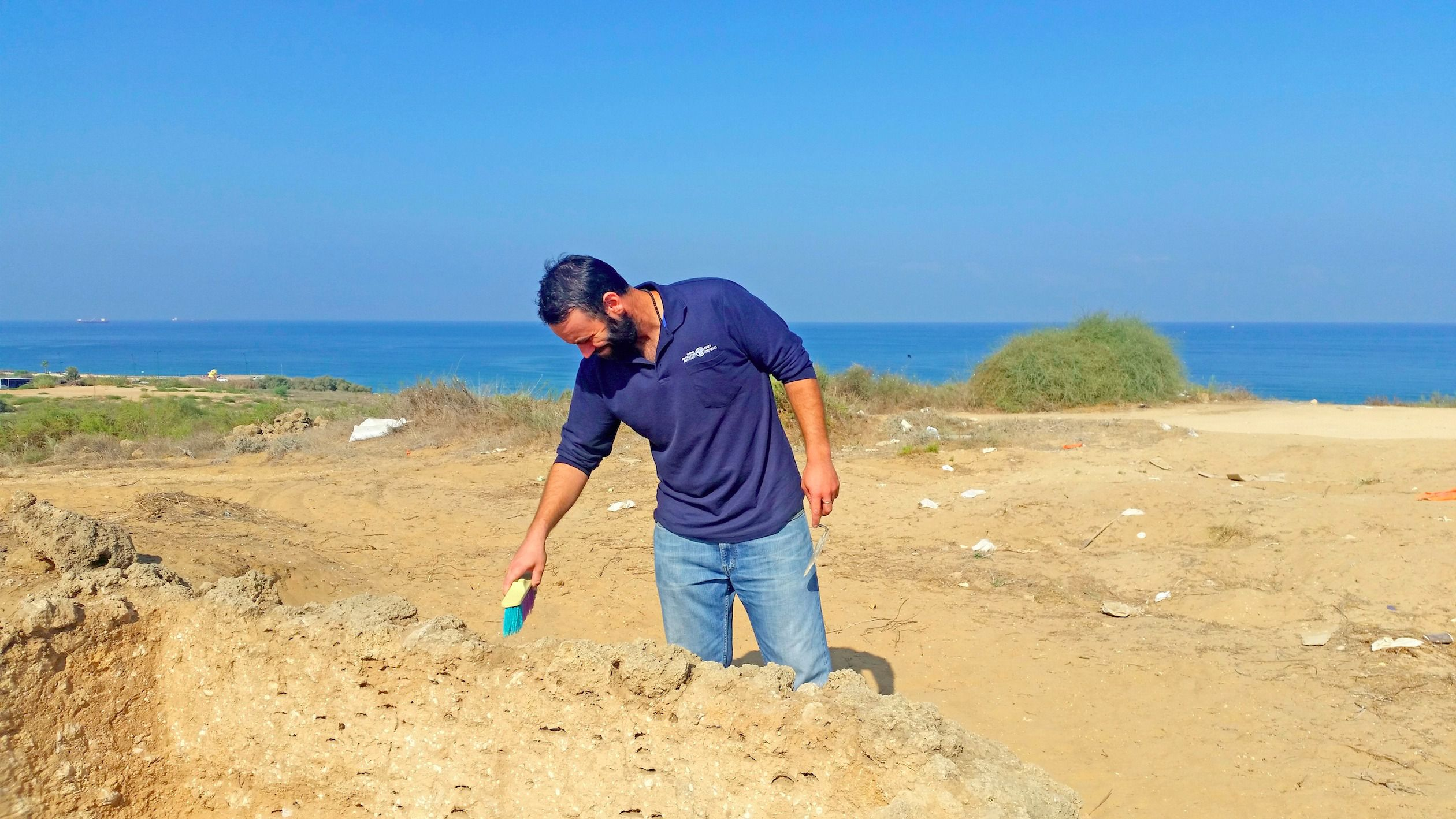 Federico Kobrin, excavation director on behalf of the Israel Antiquities Authority, near the lookout tower in Ashkelon.