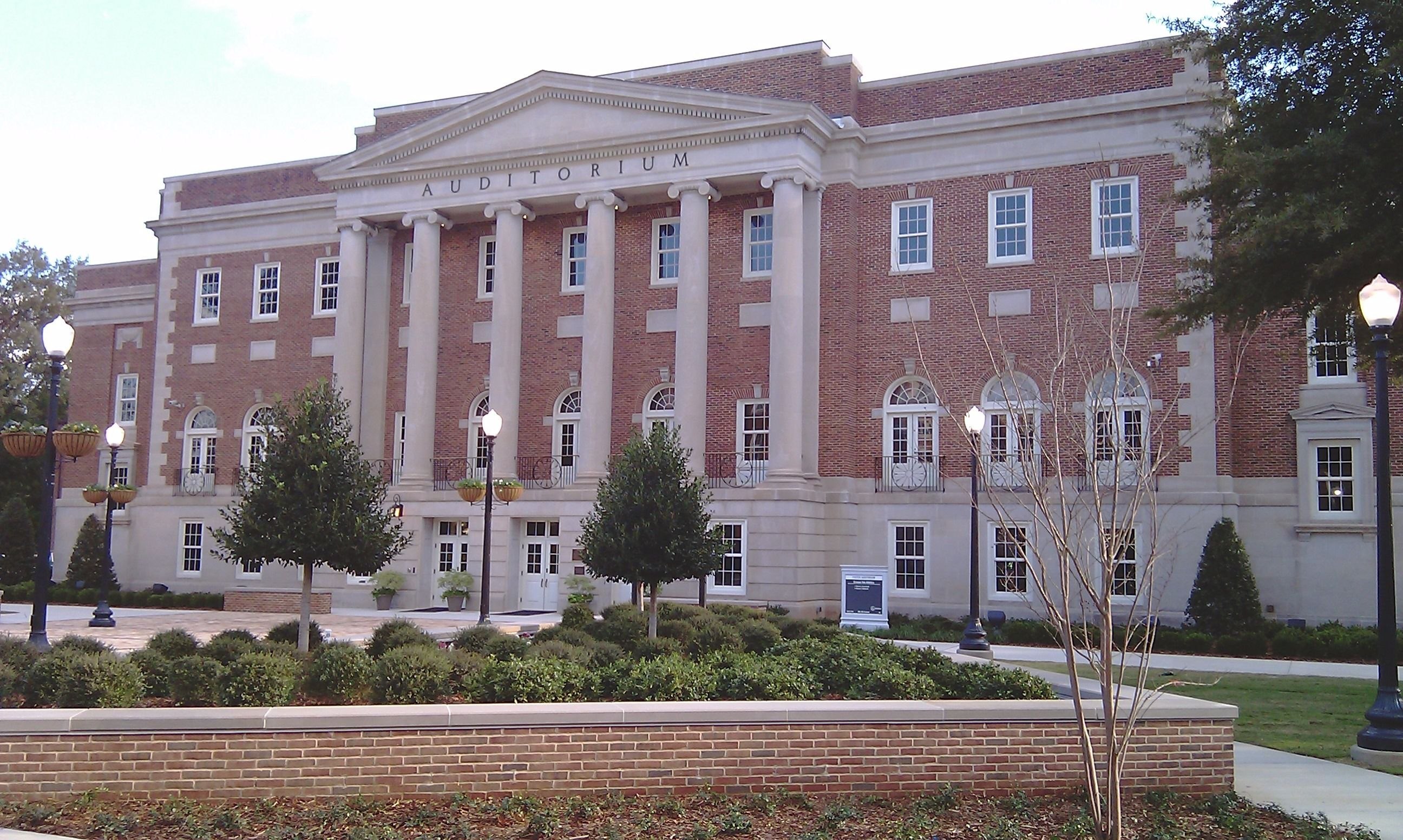Foster Auditorium and Malone Hood Plaza on the campus of the University of Alabama in Tuscaloosa, Alabama.