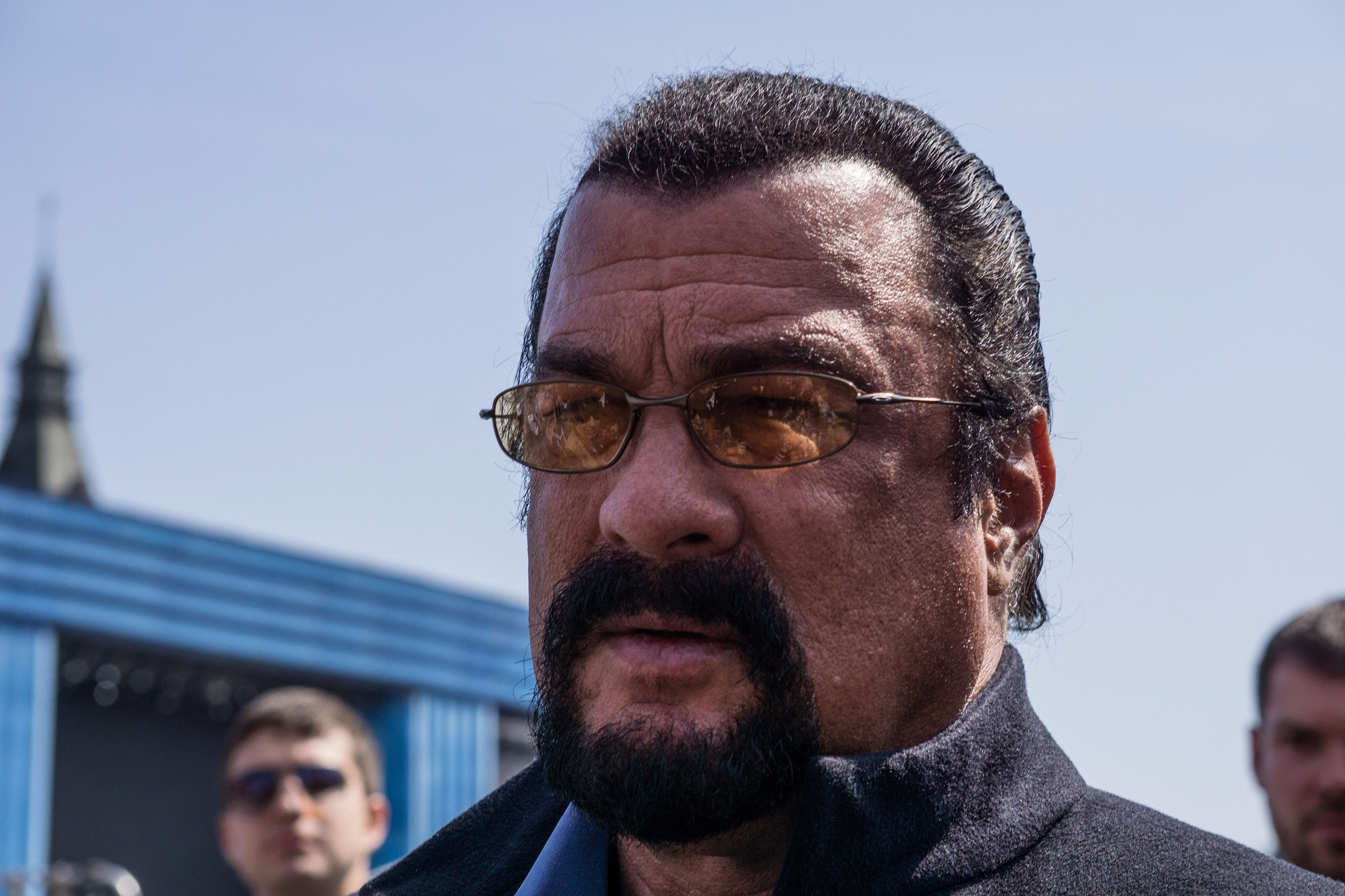 Steven Seagal Doesn't Talk About Politics With Pal Putin