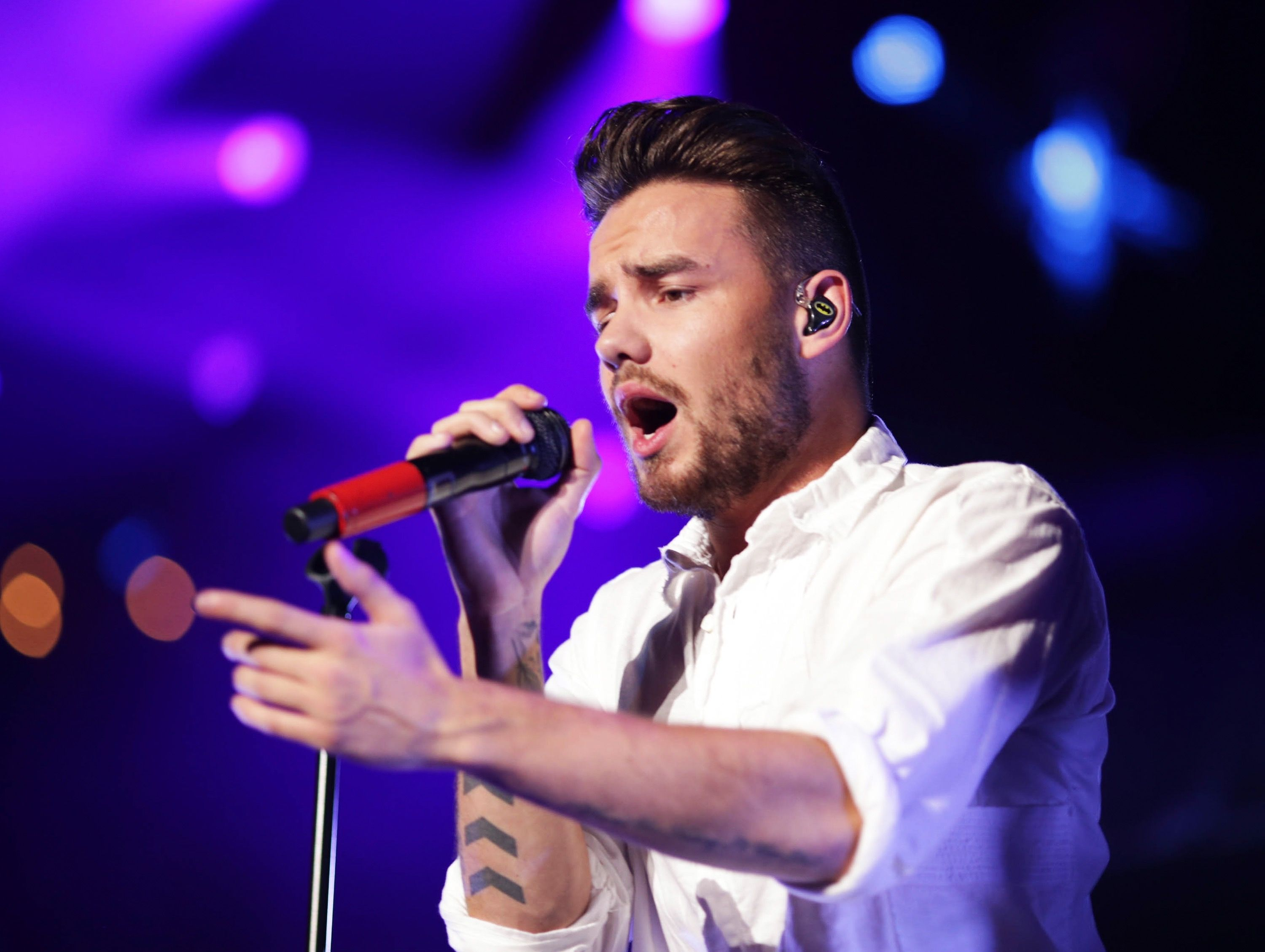 Recording artist Liam Payne of music group One Direction performs onstage during 102.7 KIIS FM's Jingle Ball 2015 Presented by Capital One at STAPLES CENTER on December 4, 2015 in Los Angeles, California.