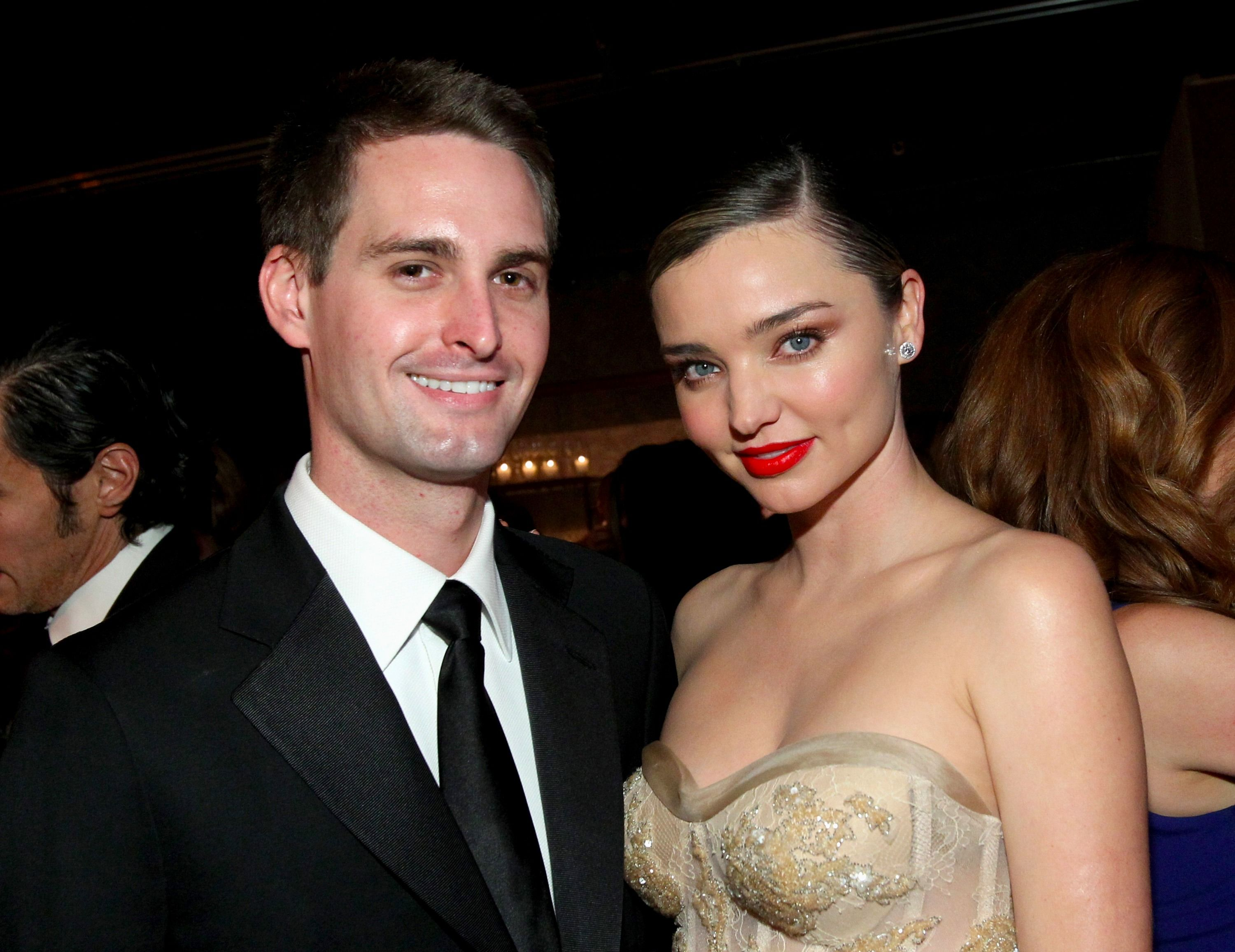 Miranda Kerr has finally revealed her Grace Kelly-esque Dior wedding dress