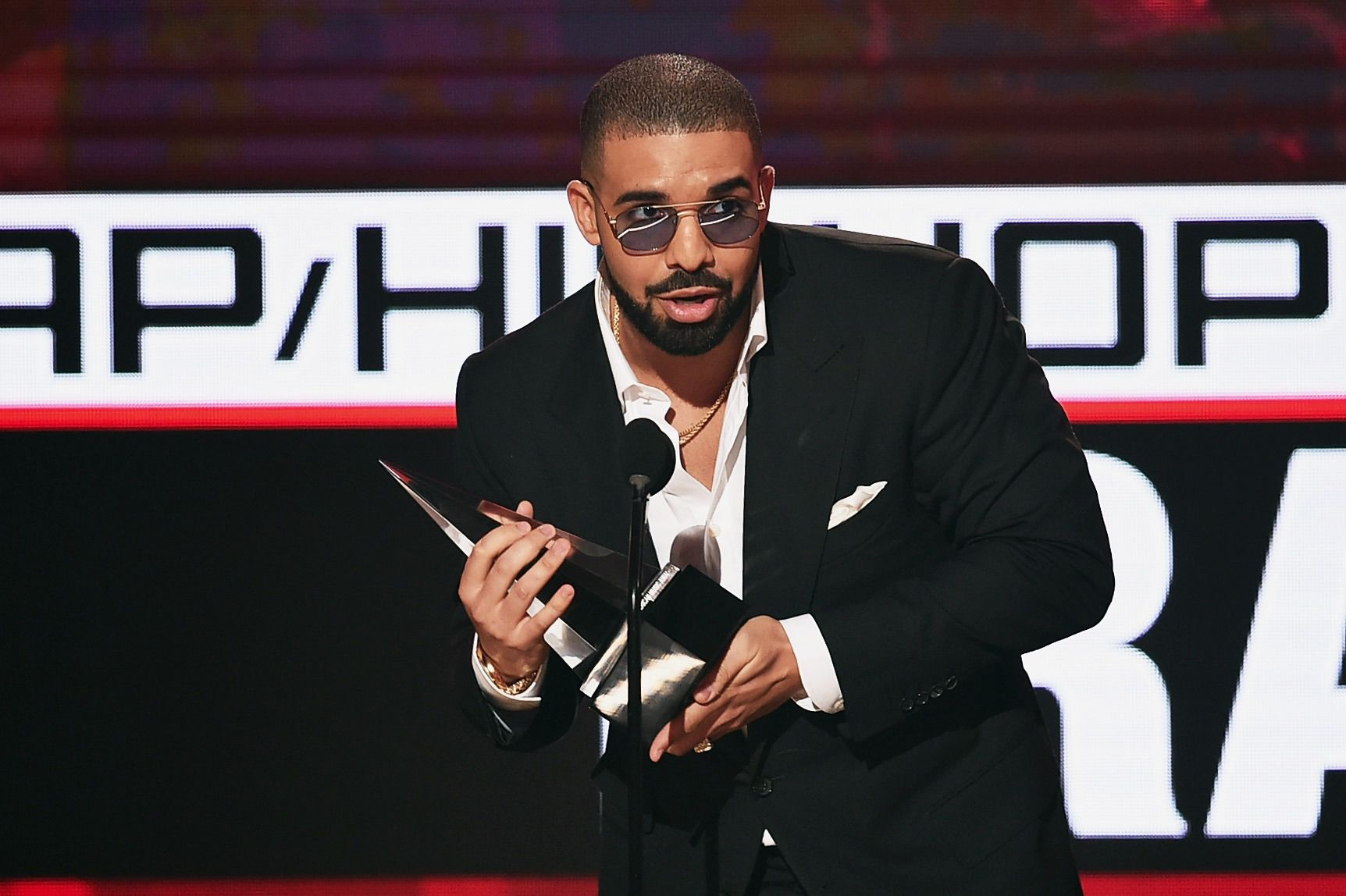 Woman broke into Drake's home and drank sodas