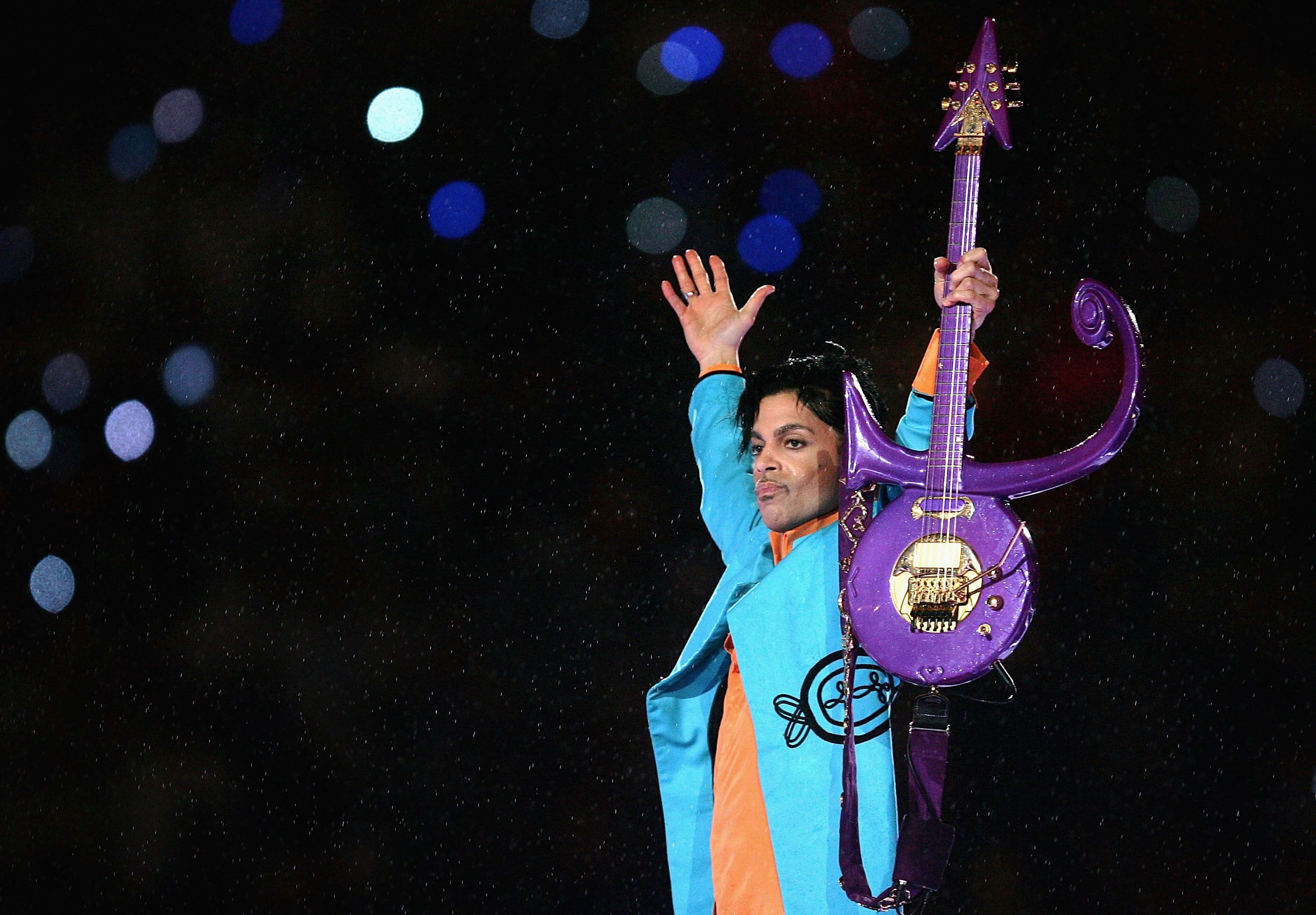 Purple Rebbe:  Prince onstage in the 2007 Superbowl halftime show.