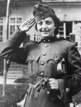 Hannah Senesh in a Hungarian army uniform as a Purim costume