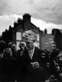 ?Homme aux bulles de savon,? 1950.