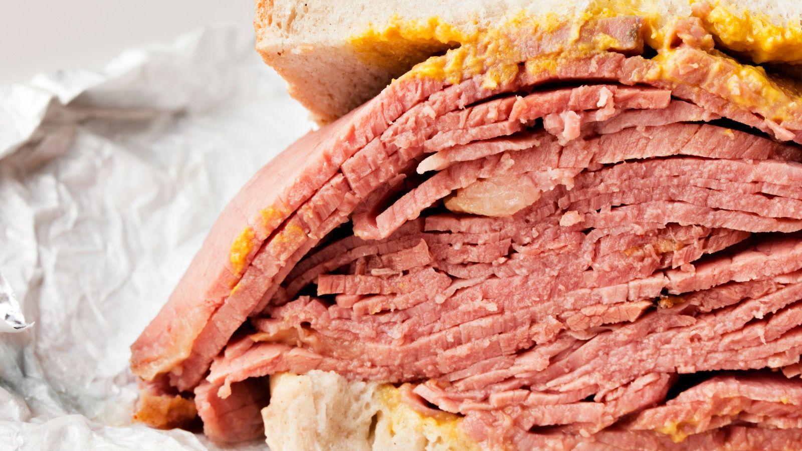 A classic pastrami sandwich on rye.