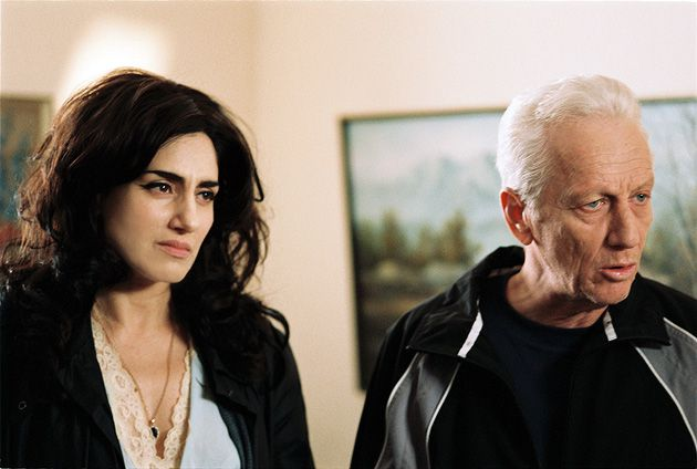 Scorned Parents: Osnat (Ronit Alkabetz) and Reuven (Moni Moshonov) are angry and disappointed with their daughter.