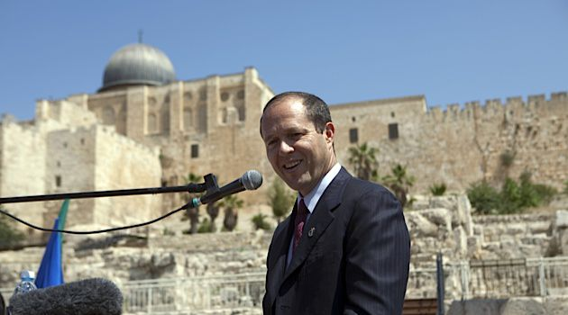 Current Jerusalem Mayor Nir Barkat is facing Likud?s Moshe Lion who has been endorced by the haredi Orthodox Shas and United Torah Judaism parties.