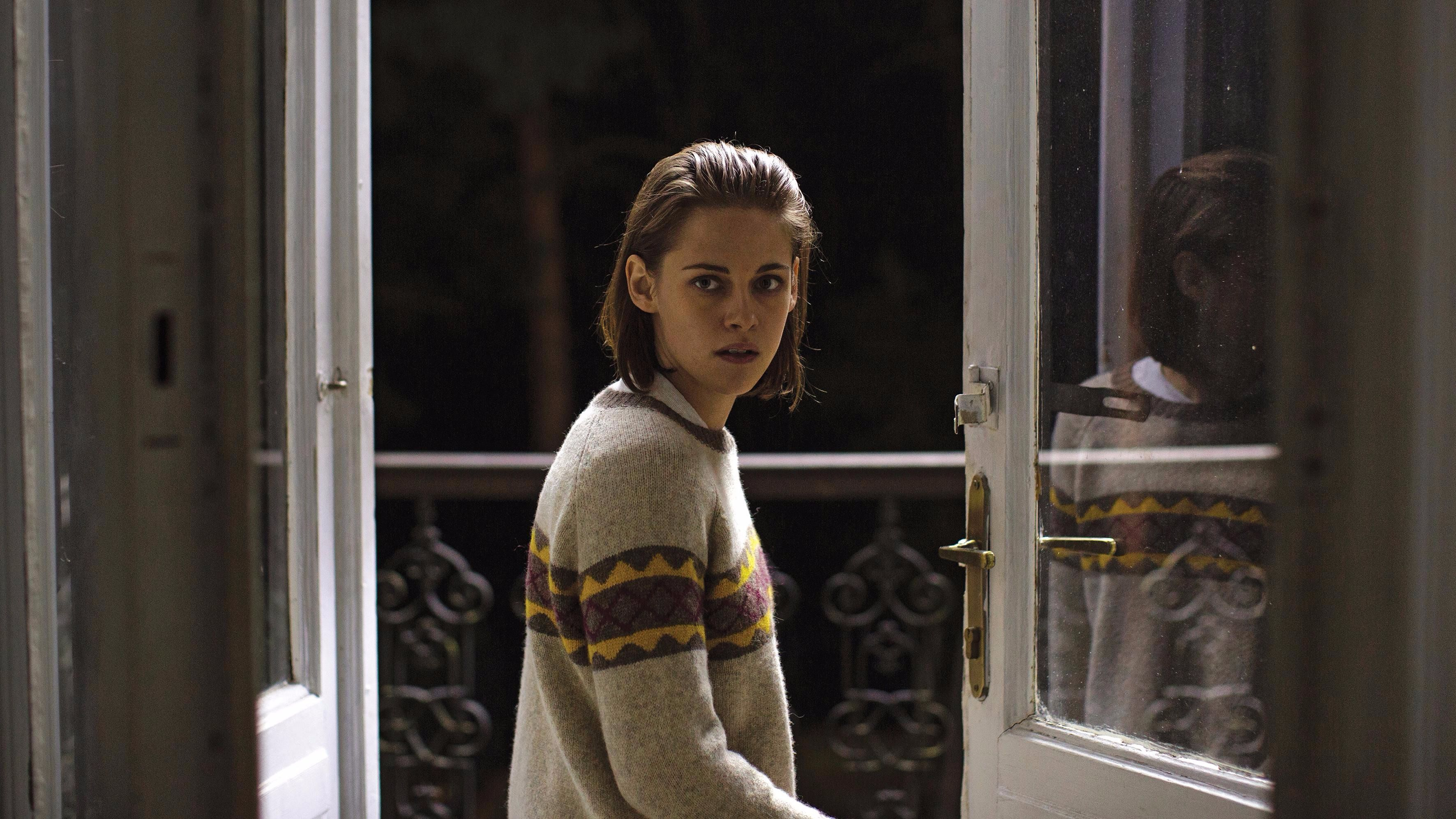 "Kristen Stewart in ""Personal Shopper"""