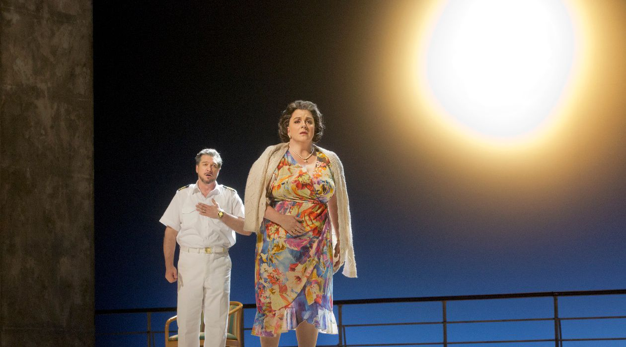 Before the Sun: Marilyn Klinghoffer, played here by Michaela Martens, learns of the death of her husband in John Adams and Alice Goodman's opera.