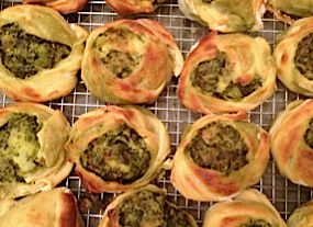 Spinach and Roasted Garlic Knish