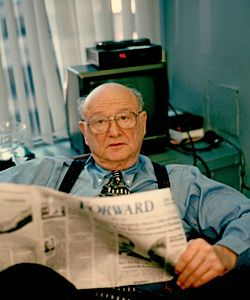 Ed Koch reads the Forward