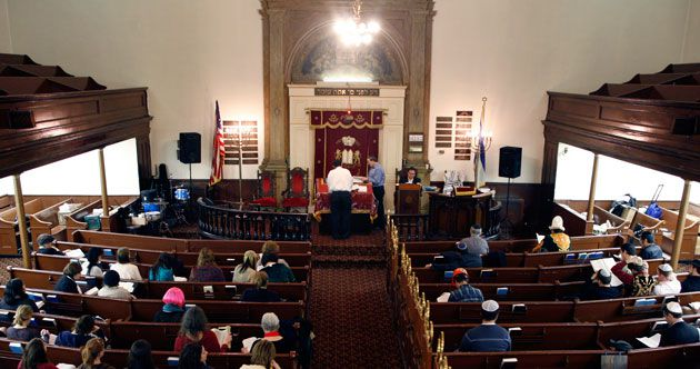 Contested: The Sixth Street Community Synagogue, shown here in a 2009 file photo, has strug- gled for decades to remain financially viable.