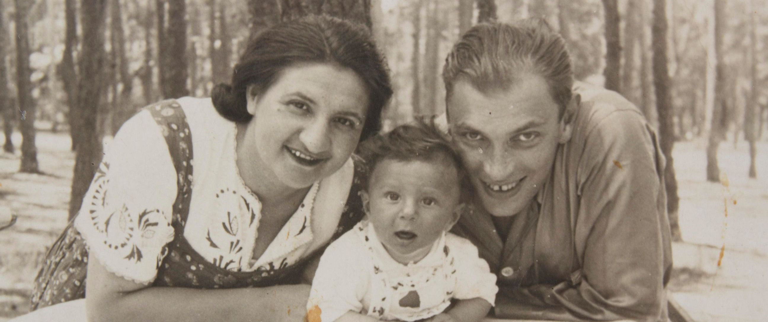 Michael Hochberg as a baby with his parents.