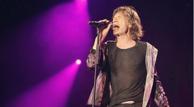 "Only Rock And Roll: Mick Jagger sings ""Angie"" during the Shavuot Tel Aviv concert."
