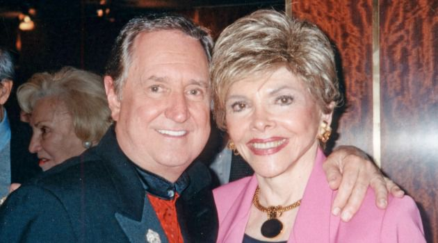 Neil Sedaka and Claire Barry at a 2005 Folksbiene Gala.