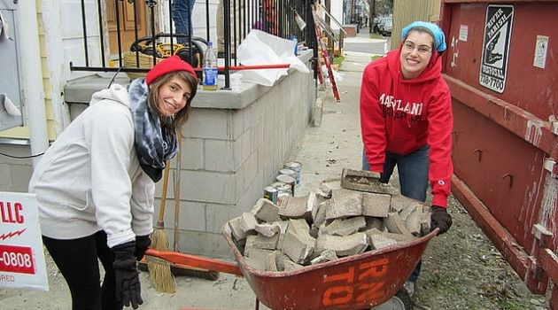 Heavy Lift: AVODAH: The Jewish Service Corps, teaches its volunteers, like these two in New Orleans, to look at the bigger picture.