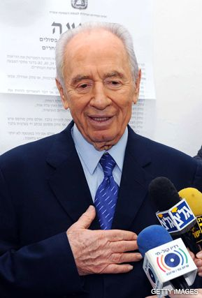 THE DECIDER: Israeli President Shimon Peres will choose who gets first shot at forming a government.