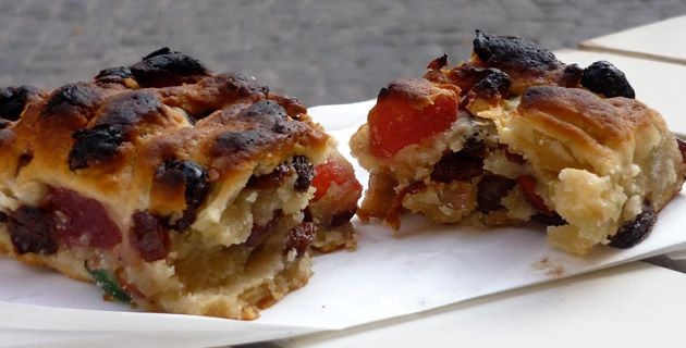 Tasty Treats: Unlike the pizza we?re familiar with, ?pizza ebraica? is a cookie-like concoction.