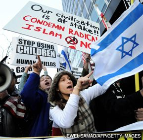 MOBILIZE: Groups supporting the Israeli operation in Gaza held rallies in cities across the country, including this one in Los Angeles. Dovish groups, meantime, focused their efforts on lobbying in Washington.