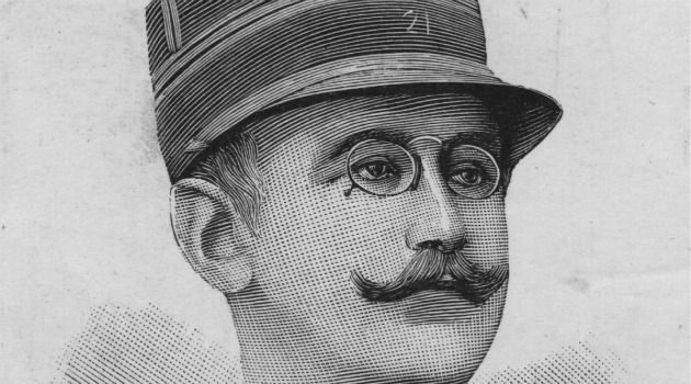 Je Défende: Captain Alfred Dreyfus was the son of a wealthy textile manufacturer