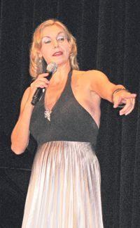 Crowd Pleaser: Cabaret singer Ute Lemper