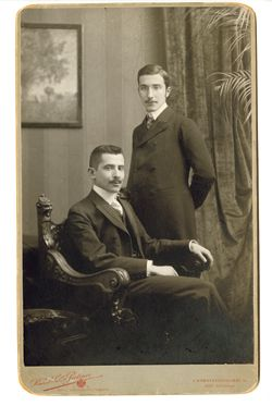 Dapper Dudes: Zweig, standing, with his brother Alfred in Vienna, circa 1900.