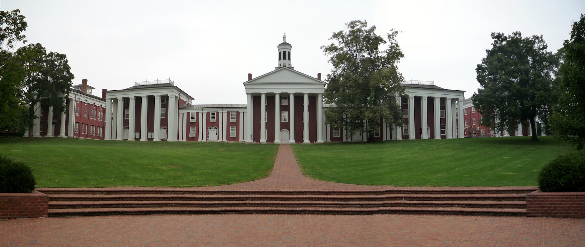 Iconic buildings at Washington and Lee University.