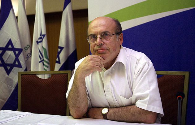 ?Comrade in Arms?: Natan Sharansky, a former refusenik, hailed Robert Bernstein?s article as ?extremely important.?