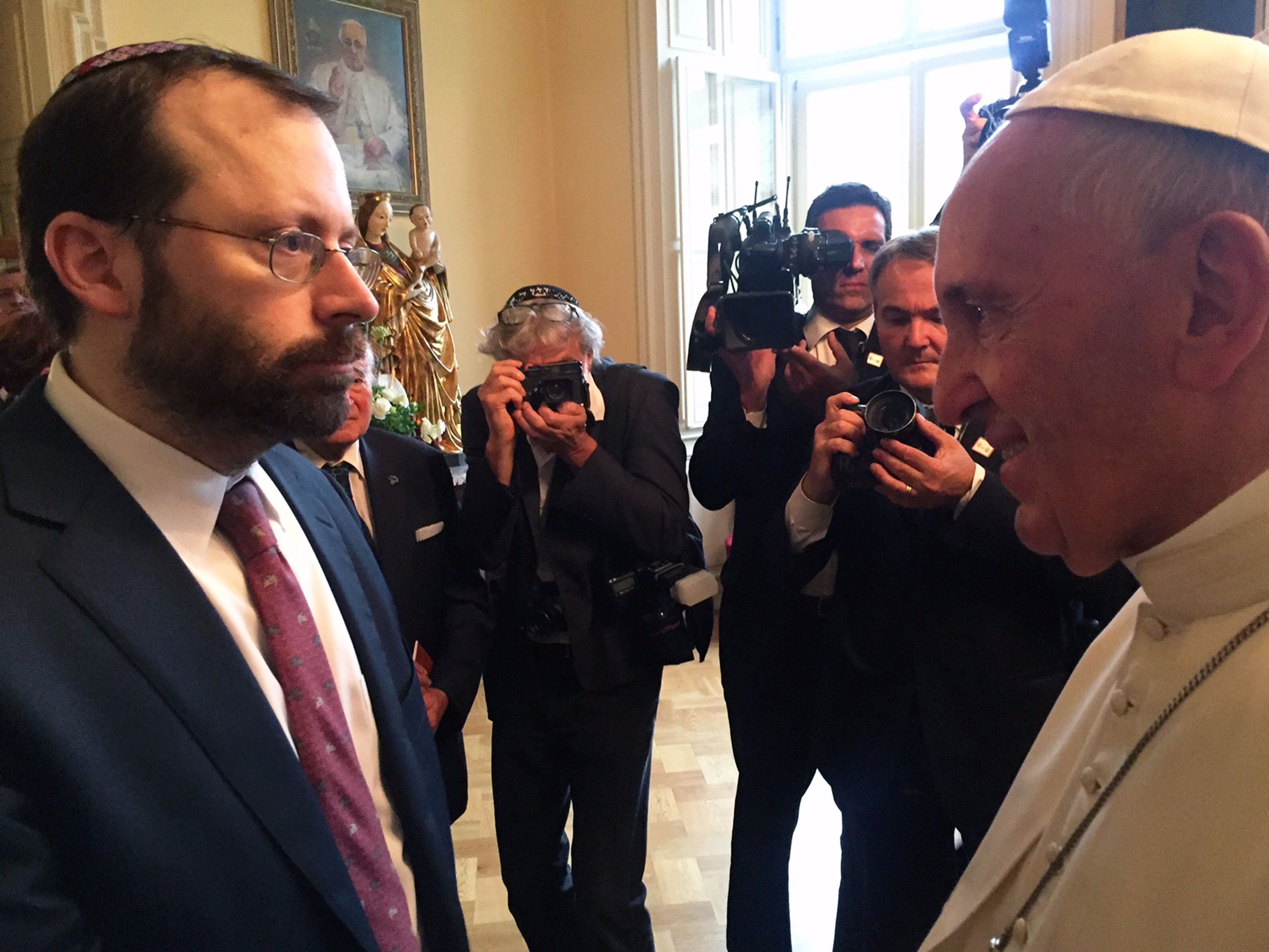 Shavei Israel founder Michael Freund, left, met with Pope Francis in Krakow, Poland on Sunday.