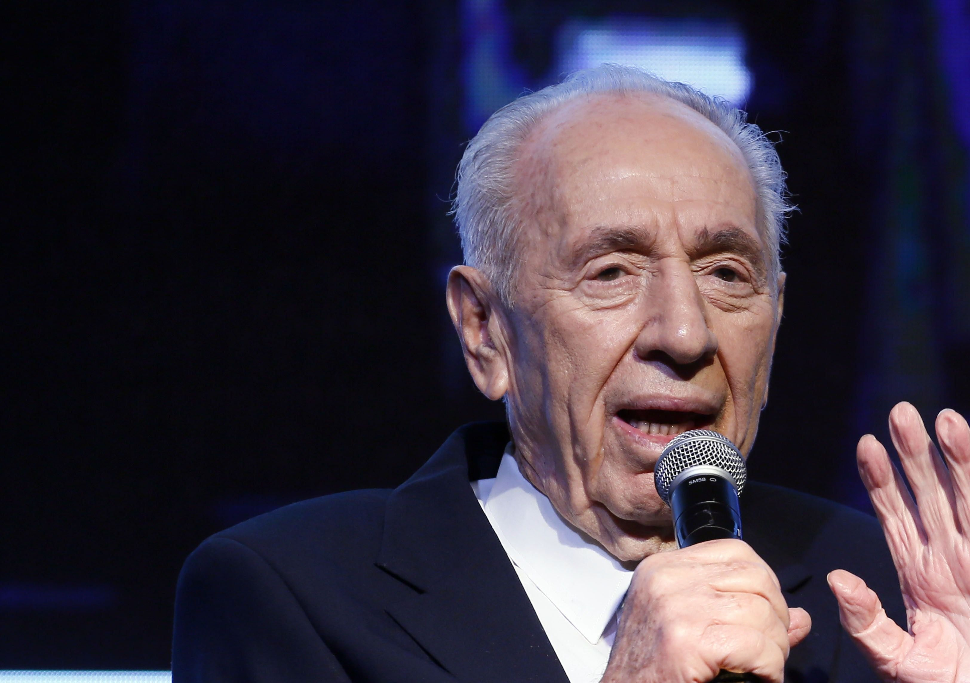 Israel's Shimon Peres hospitalized after stroke