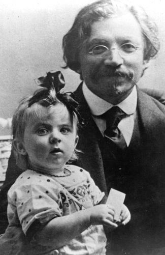 Knee High: Bel Kaufman with her grandfa- ther Sholom Aleichem.