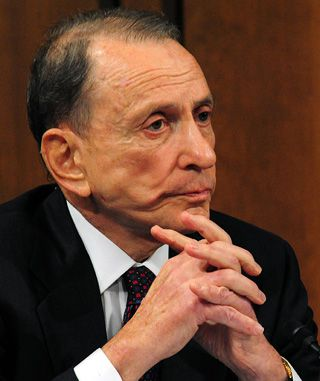 Tough Questions: Senator Arlen Specter has sponsored new legislation on organ donations.
